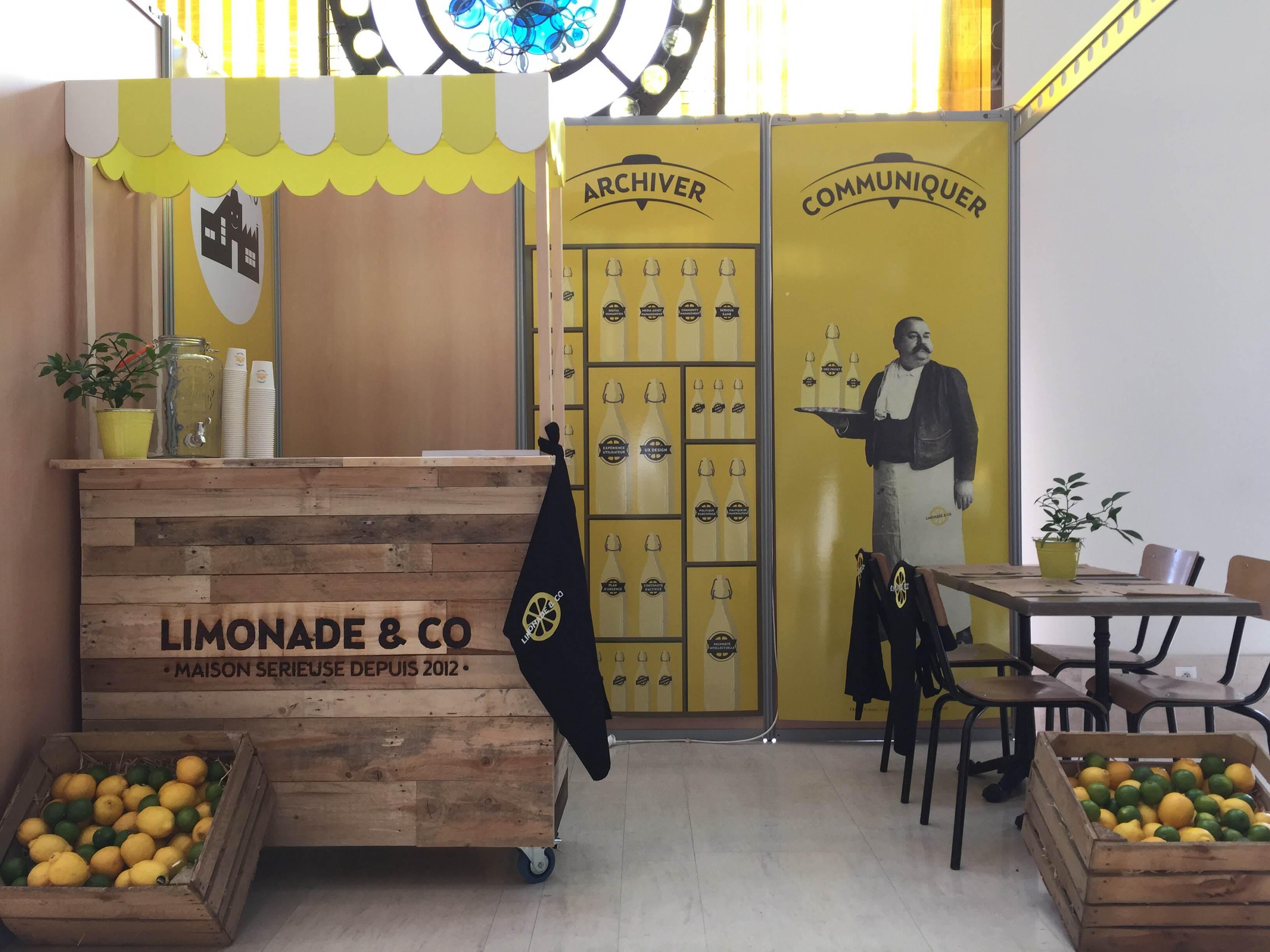 Un stand pour l'agence Limonade & co